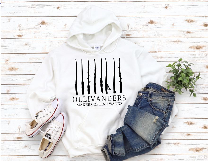 OLLIVANDERS MAKERS OF FINE WANDS